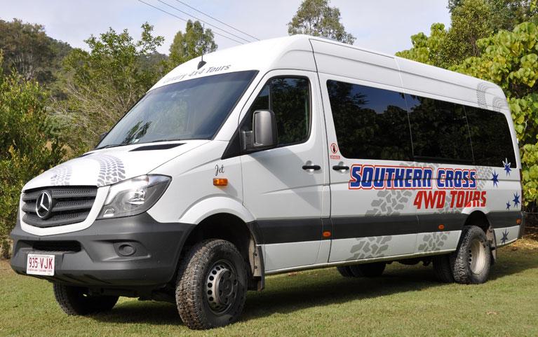 mercedes-bus-gold-coast-tour